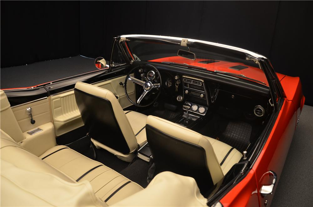 1967 CHEVROLET CAMARO CONVERTIBLE - Interior - 161692