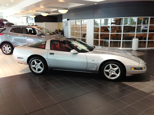 1996 CHEVROLET CORVETTE 2 DOOR COUPE - Side Profile - 161711