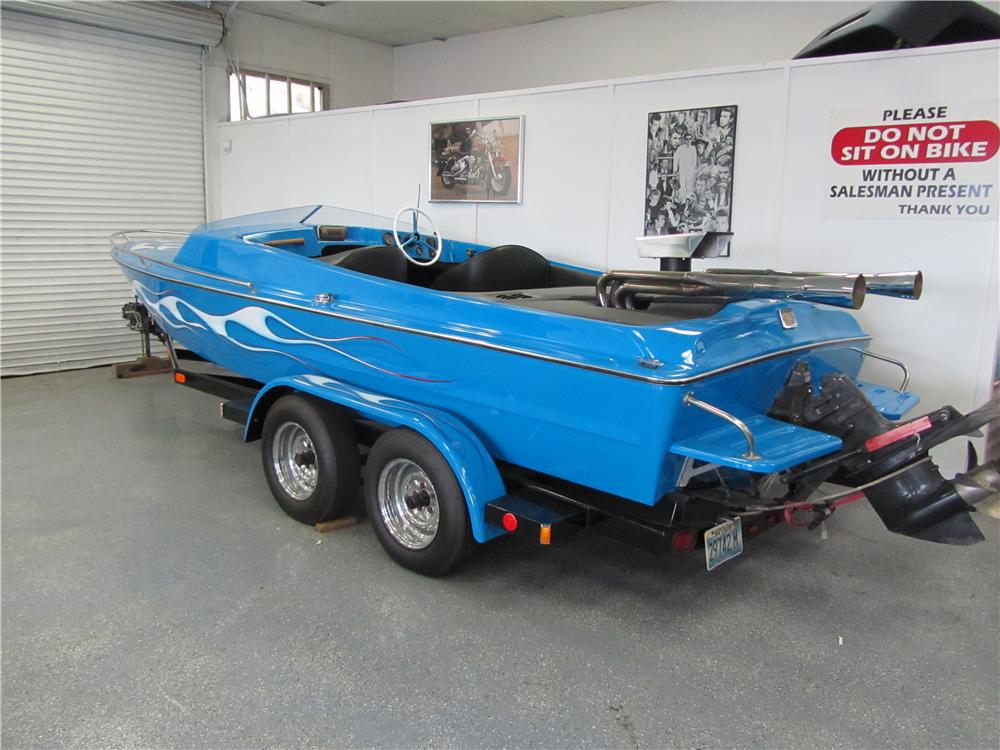 1980 HTW BOAT TRAILER - Rear 3/4 - 161721