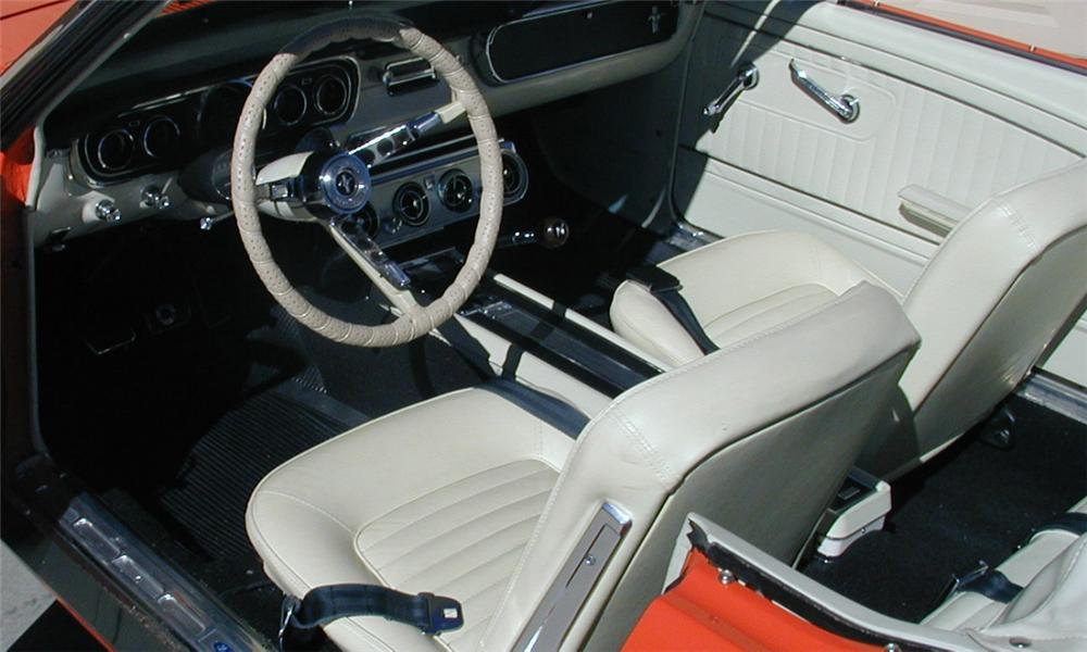 1965 FORD MUSTANG GT CONVERTIBLE - Interior - 16173