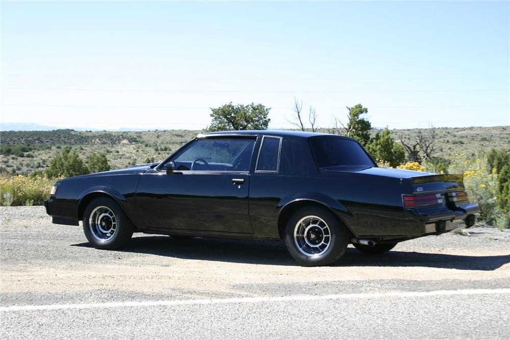 1987 BUICK GRAND NATIONAL 2 DOOR COUPE - Rear 3/4 - 161732