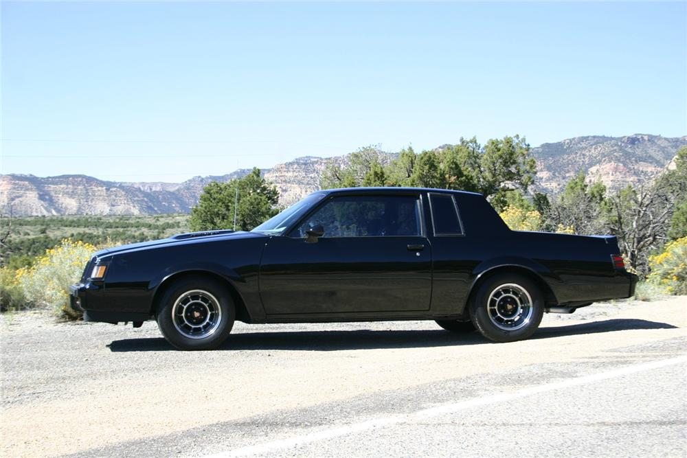 1987 BUICK GRAND NATIONAL 2 DOOR COUPE - Side Profile - 161732