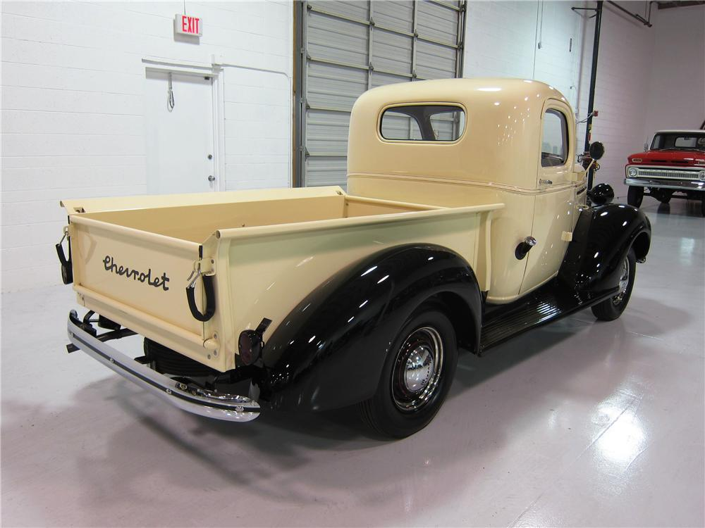 1939 CHEVROLET PICKUP - Rear 3/4 - 161733
