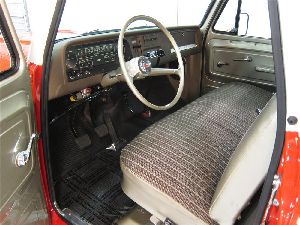 1966 CHEVROLET 1/2 TON 4X4 PICKUP - Interior - 161738