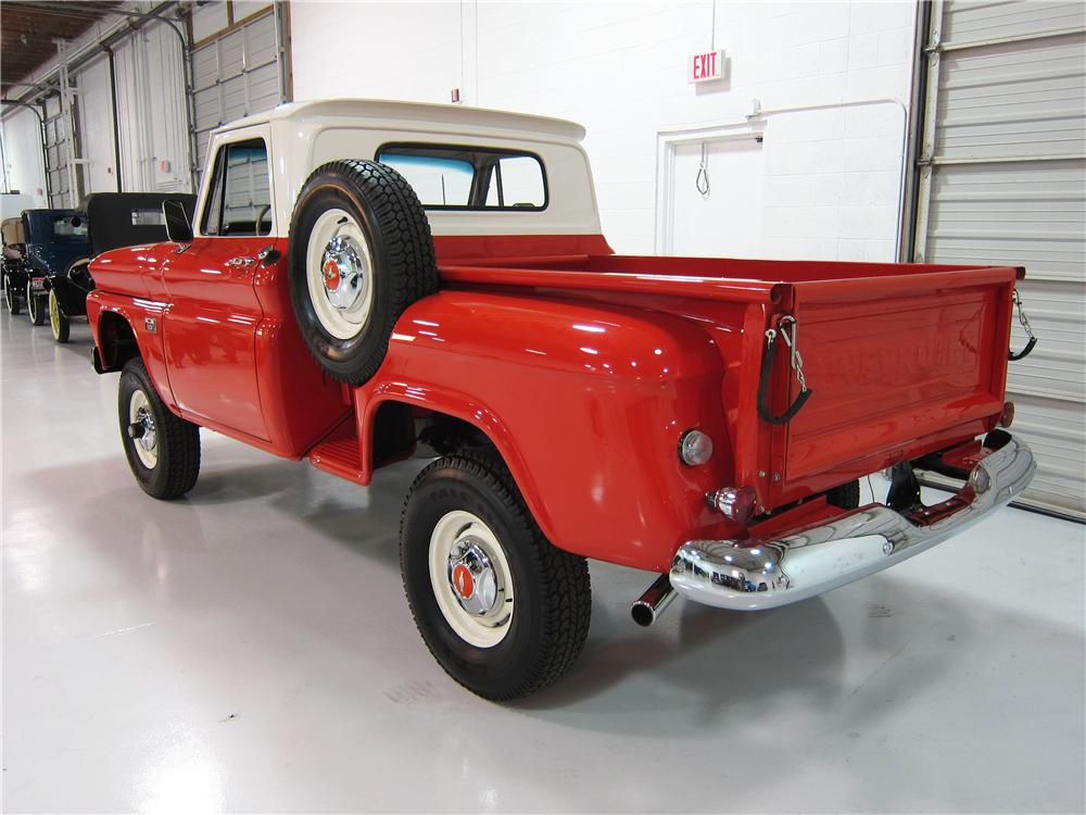 1966 CHEVROLET 1/2 TON 4X4 PICKUP - Rear 3/4 - 161738