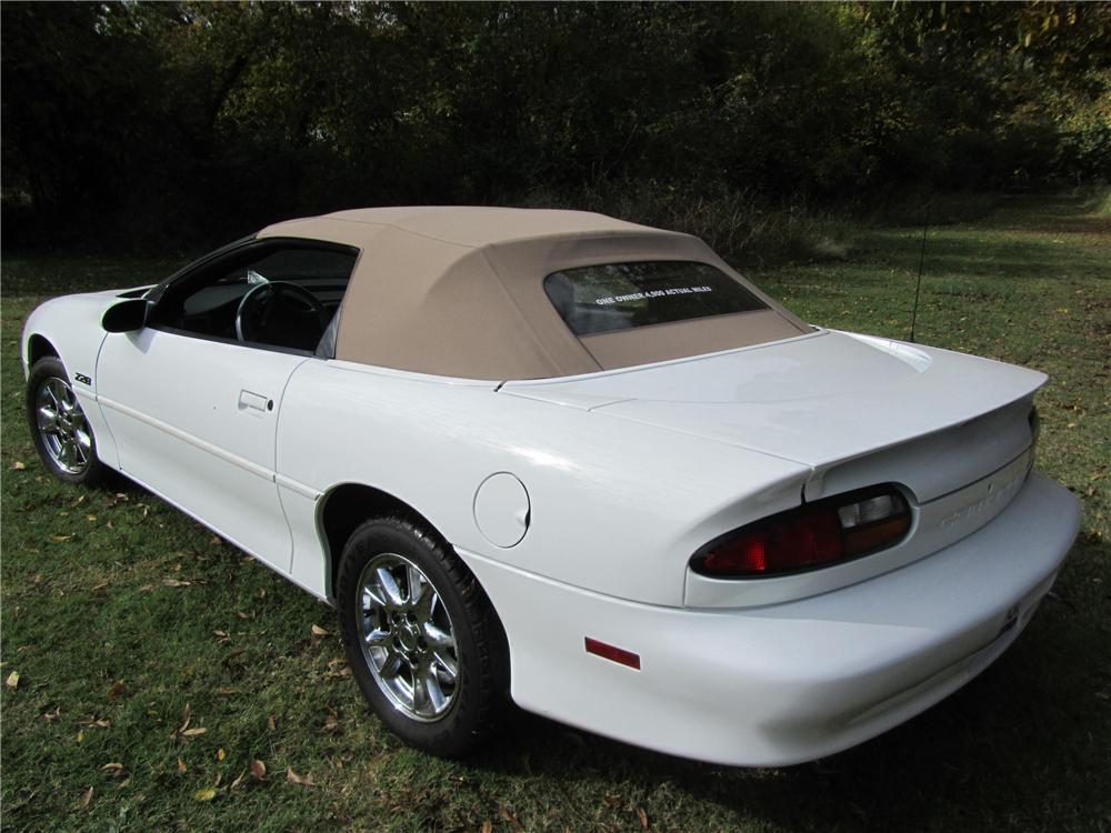 2002 CHEVROLET CAMARO Z/28 LS1 CONVERTIBLE - Rear 3/4 - 161745