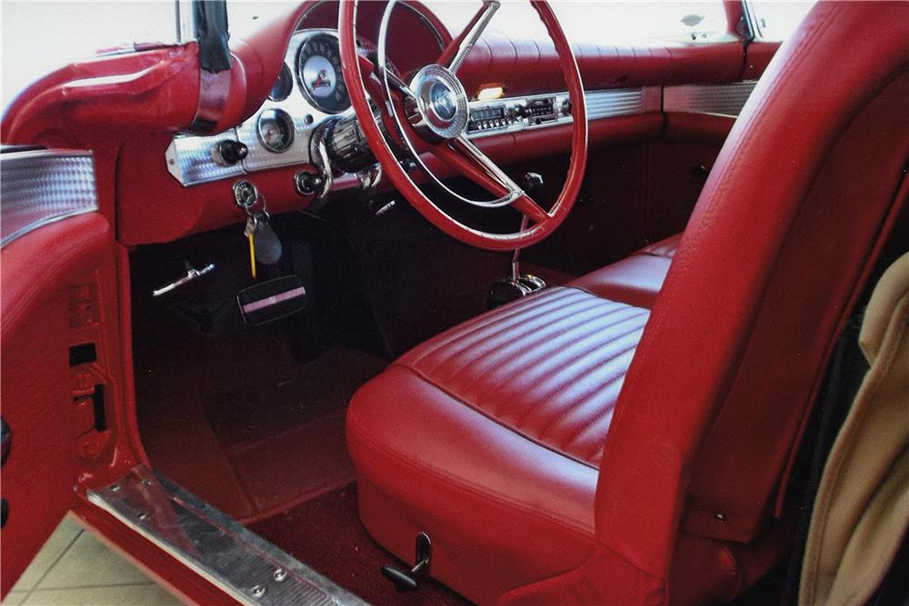 1957 FORD THUNDERBIRD CONVERTIBLE - Interior - 161751