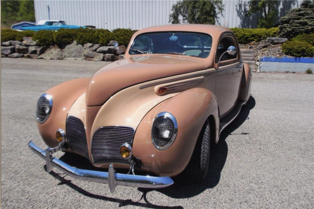 1938 LINCOLN ZEPHYR CUSTOM 2 DOOR COUPE - Front 3/4 - 161752