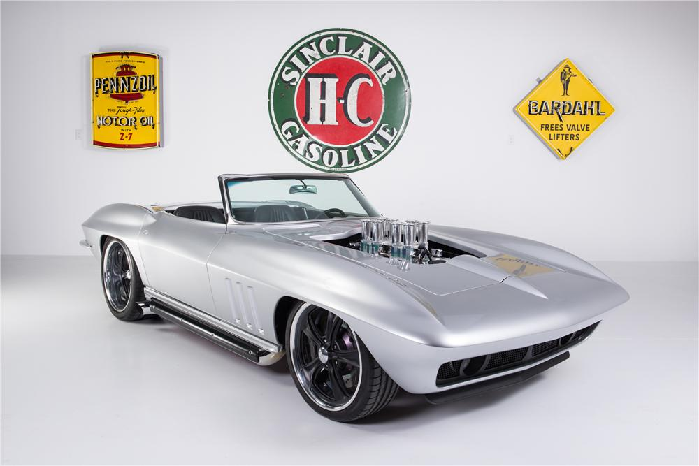 1965 CHEVROLET CORVETTE CONVERTIBLE - Front 3/4 - 161753