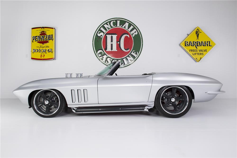 1965 CHEVROLET CORVETTE CONVERTIBLE - Side Profile - 161753