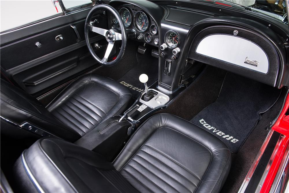 1967 CHEVROLET CORVETTE CUSTOM CONVERTIBLE - Interior - 161754