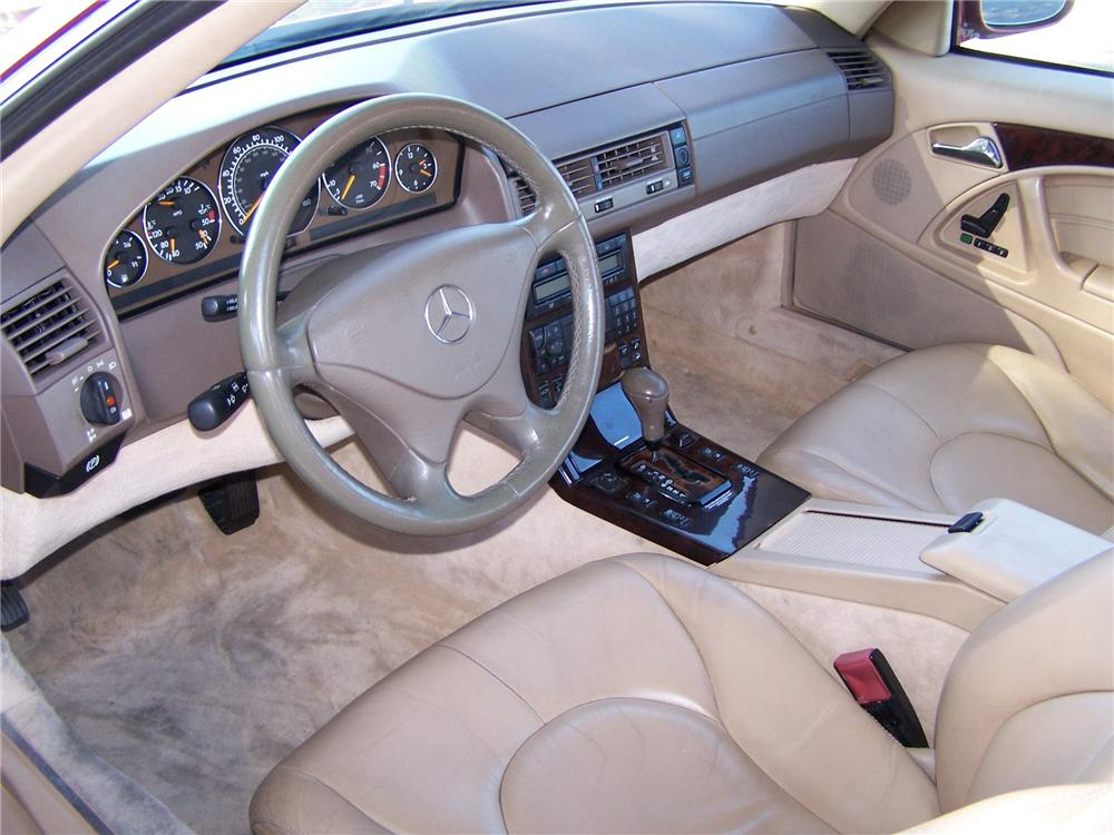 2000 MERCEDES-BENZ SL500 CONVERTIBLE - Interior - 161759