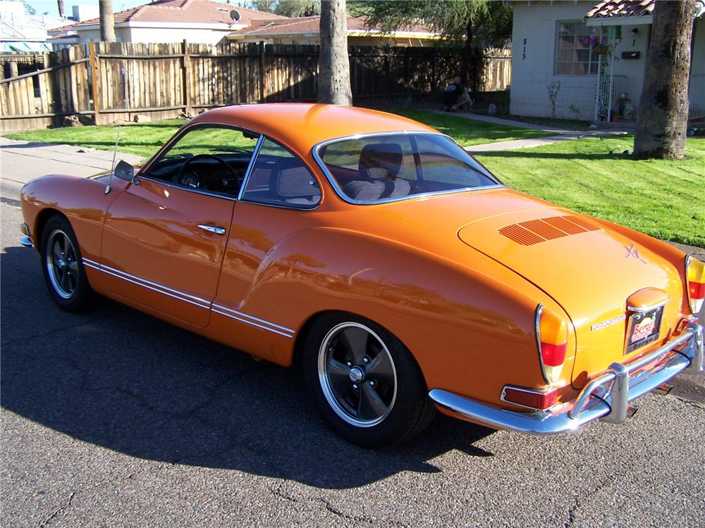 1971 VOLKSWAGEN KARMANN GHIA FASTBACK - Rear 3/4 - 161762