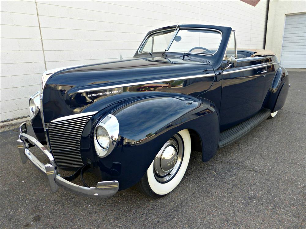 1940 MERCURY CONVERTIBLE - Front 3/4 - 161787
