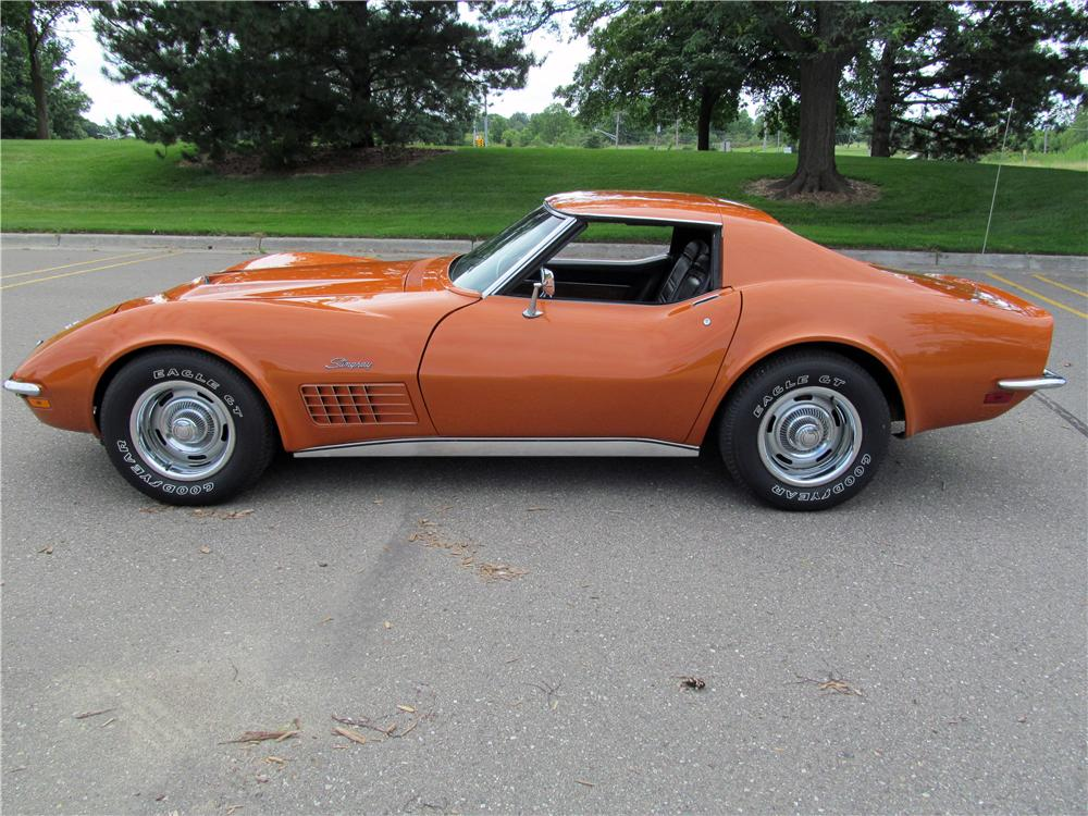 1972 CHEVROLET CORVETTE 2 DOOR COUPE - Side Profile - 161788