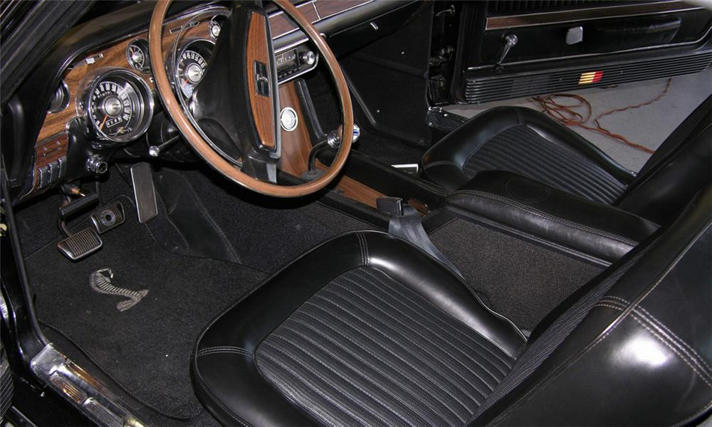 1968 SHELBY GT500 FASTBACK - Interior - 16179