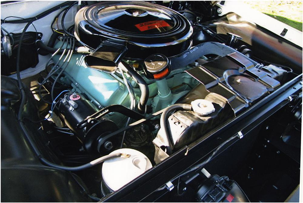 1960 OLDSMOBILE 98 CONVERTIBLE - Engine - 161799