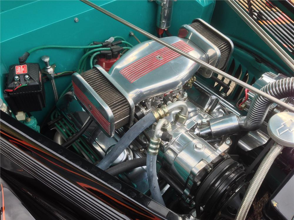 1937 FORD CUSTOM 2 DOOR COUPE - Engine - 161803