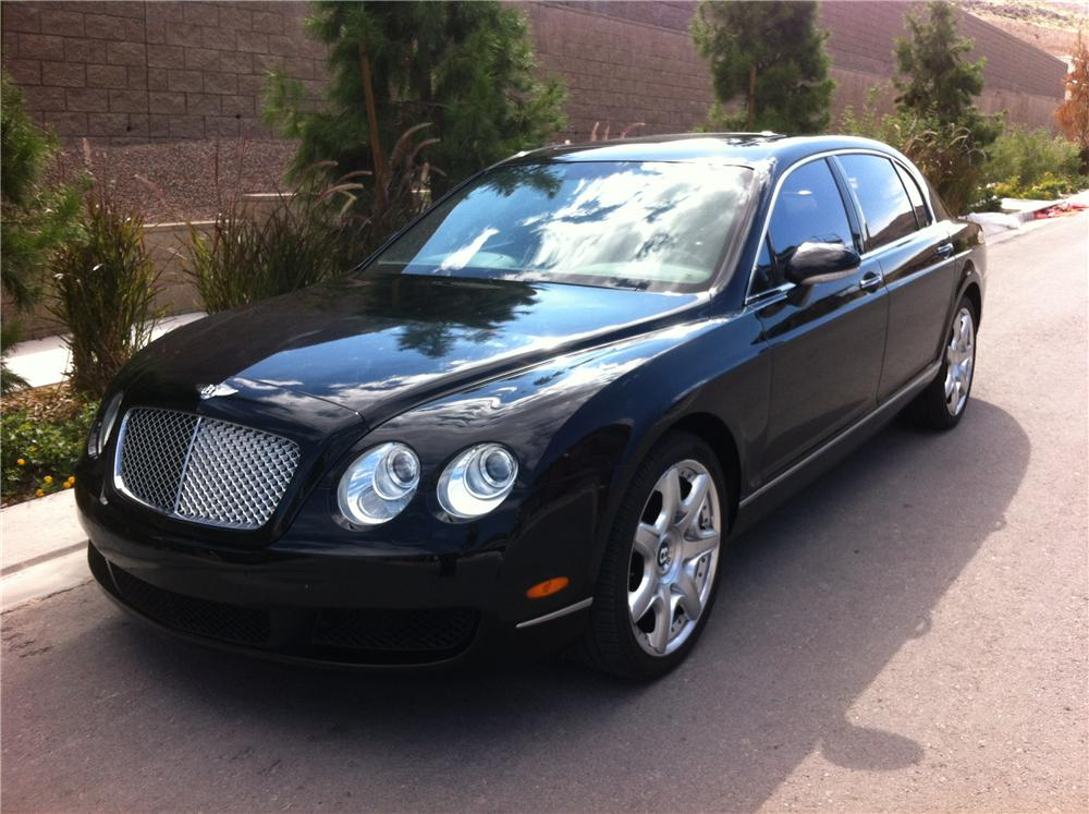 2007 BENTLEY FLYING SPUR 4 DOOR SEDAN - Front 3/4 - 161806