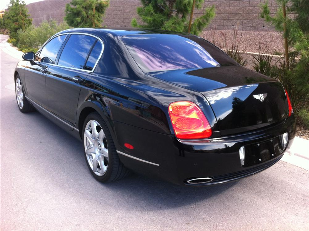 2007 BENTLEY FLYING SPUR 4 DOOR SEDAN - Rear 3/4 - 161806