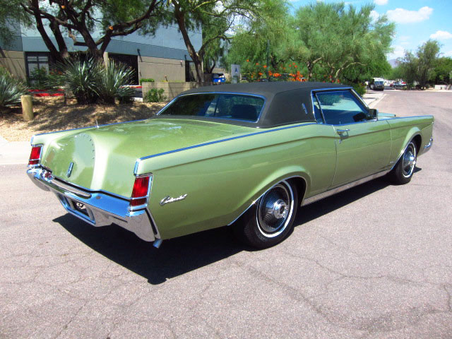 1969 LINCOLN CONTINENTAL MARK III 2 DOOR HARDTOP - Rear 3/4 - 161809
