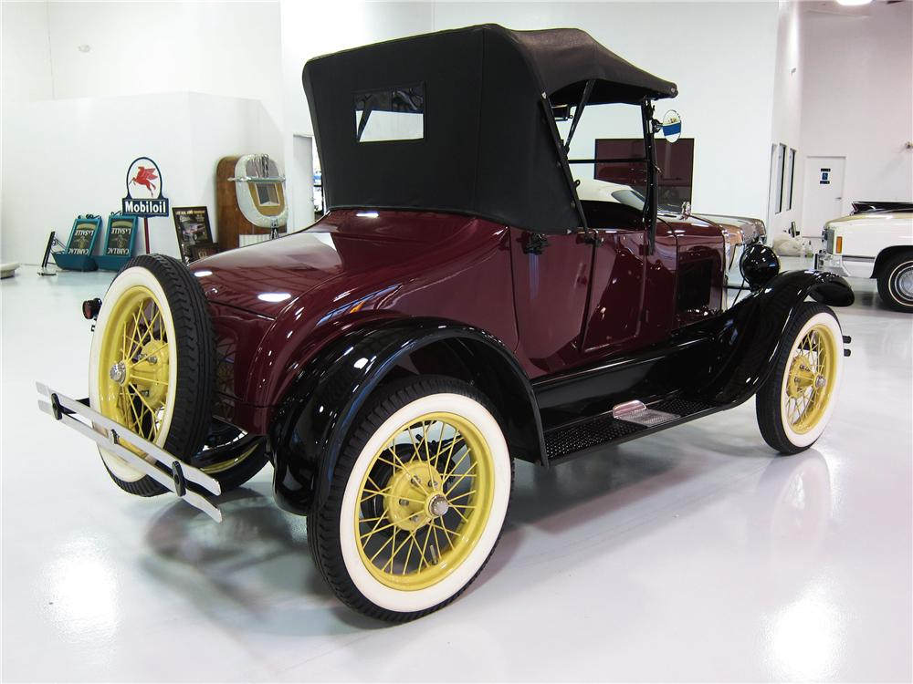 1926 FORD MODEL T ROADSTER - Rear 3/4 - 161817