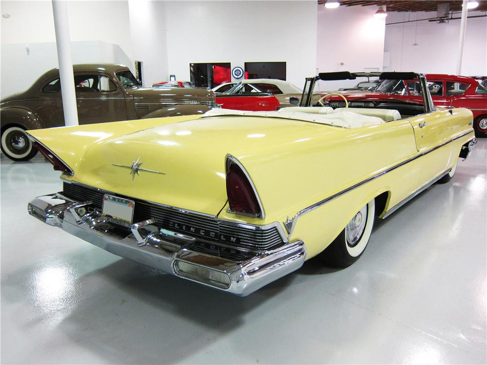 1957 LINCOLN PREMIERE CONVERTIBLE - Rear 3/4 - 161819