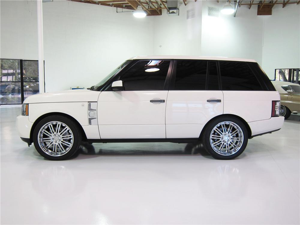 2010 RANGE ROVER HSE SUV - Side Profile - 161827