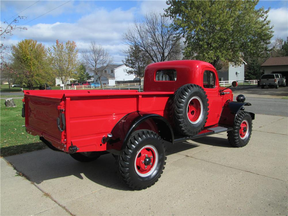 1952 DODGE POWER WAGON PICKUP - Rear 3/4 - 161840