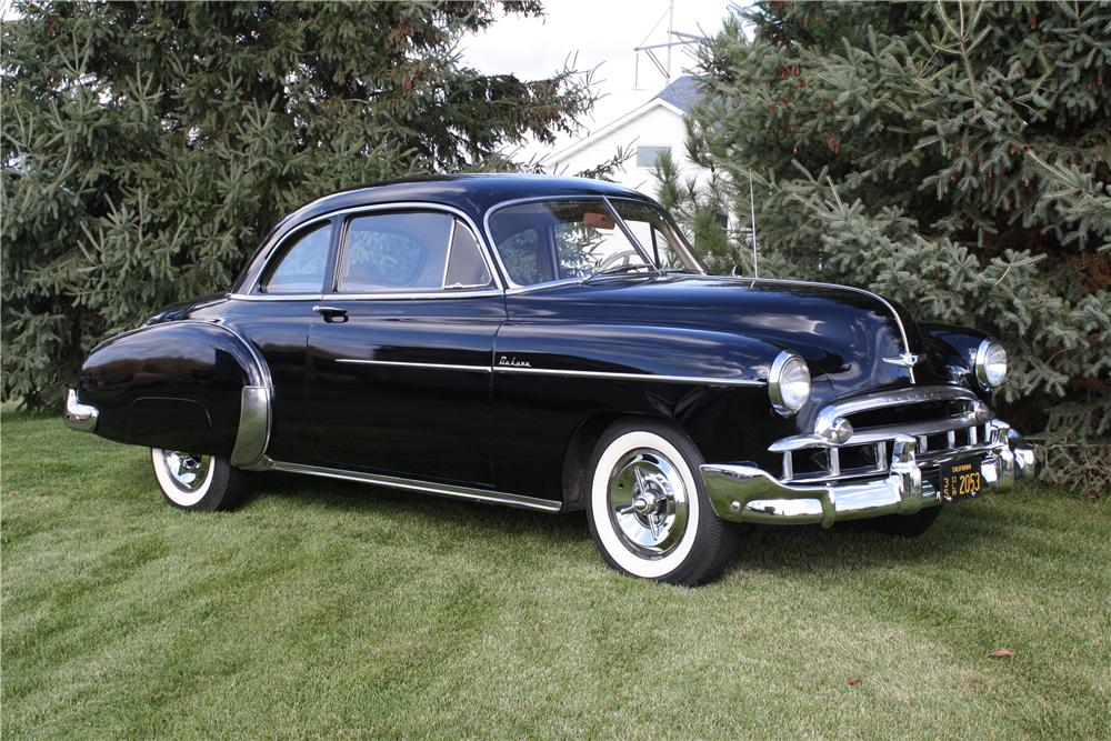 1949 CHEVROLET DELUXE CUSTOM 2 DOOR COUPE - Front 3/4 - 161847