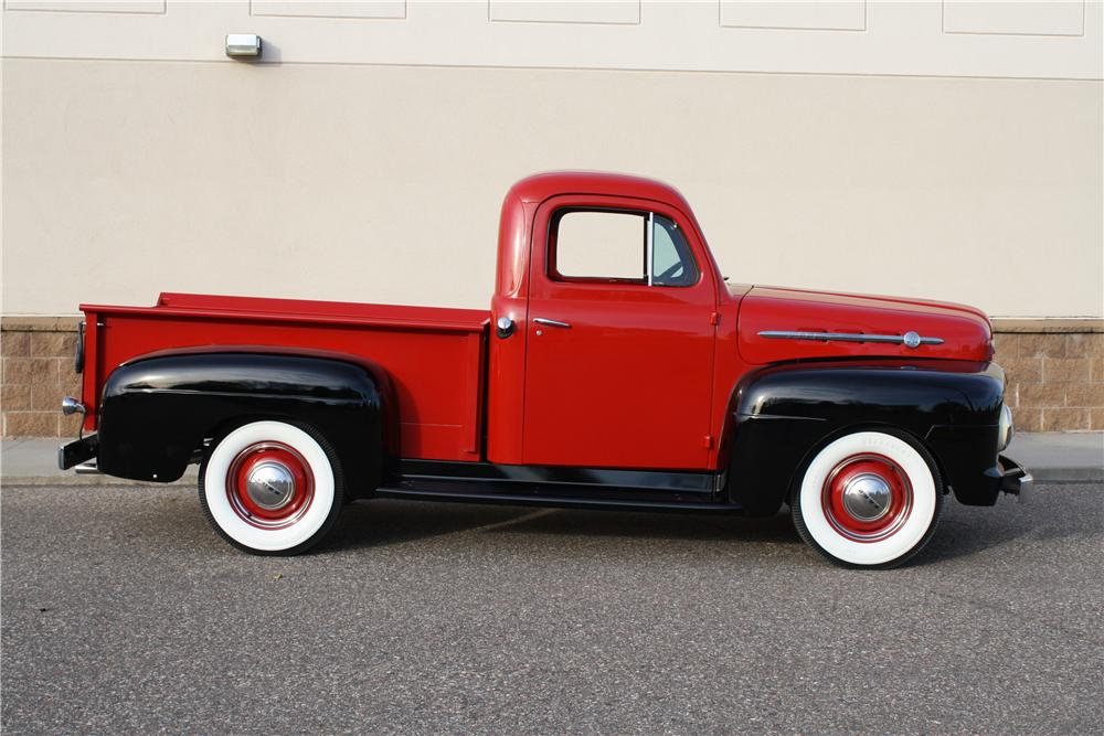 1952 FORD F-1 PICKUP - Side Profile - 161851