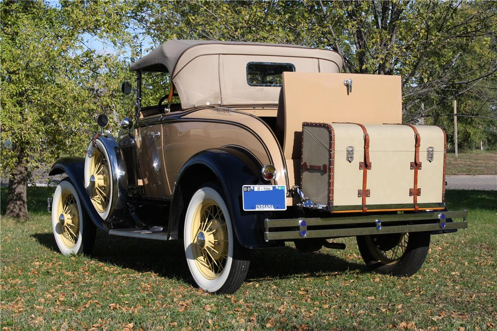 1931 FORD MODEL A ROADSTER - Rear 3/4 - 161855