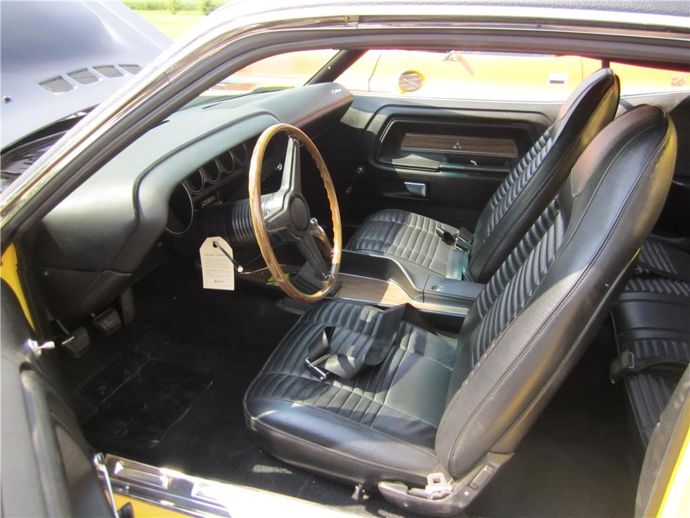 1970 DODGE CHALLENGER T/A 2 DOOR HARDTOP - Interior - 161861