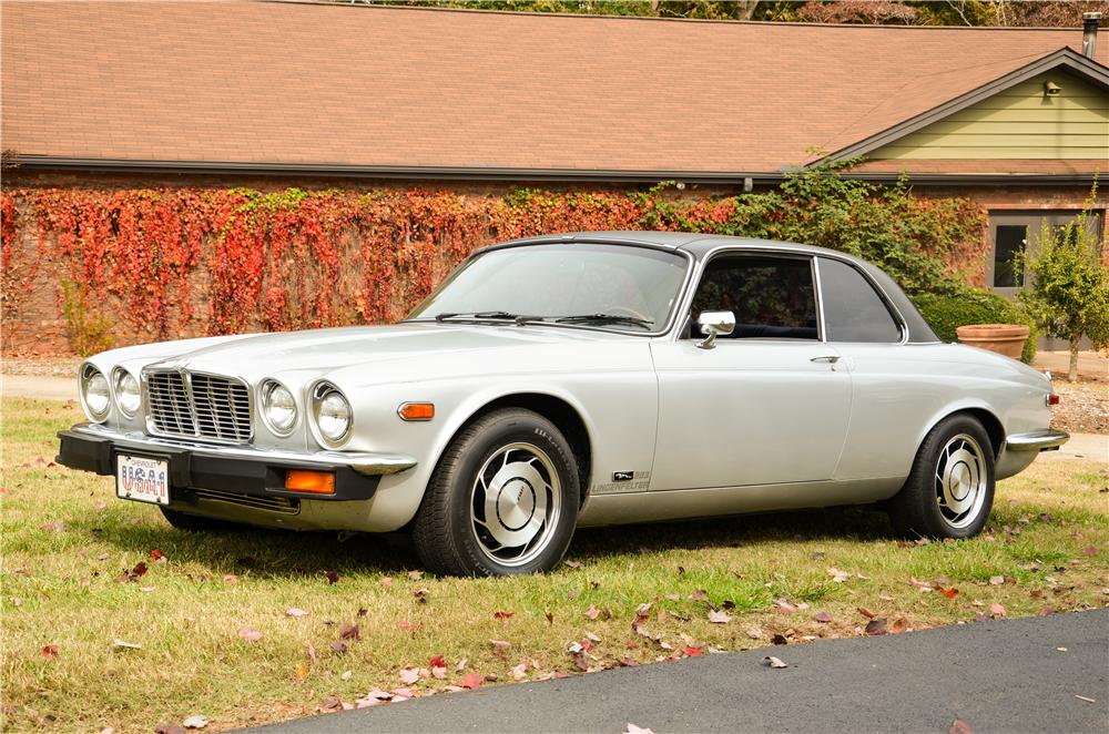 1975 JAGUAR XJ-6C CUSTOM COUPE - Front 3/4 - 161863