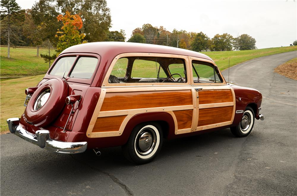 1950 FORD CUSTOM WOODY WAGON - Rear 3/4 - 161869