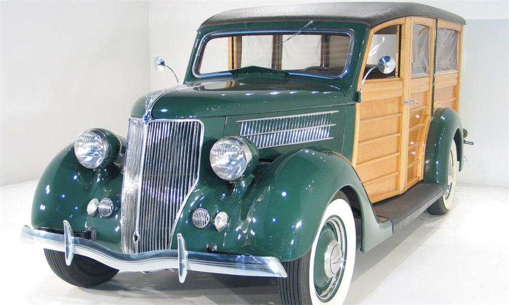 1936 FORD WOODY WAGON - Front 3/4 - 16187
