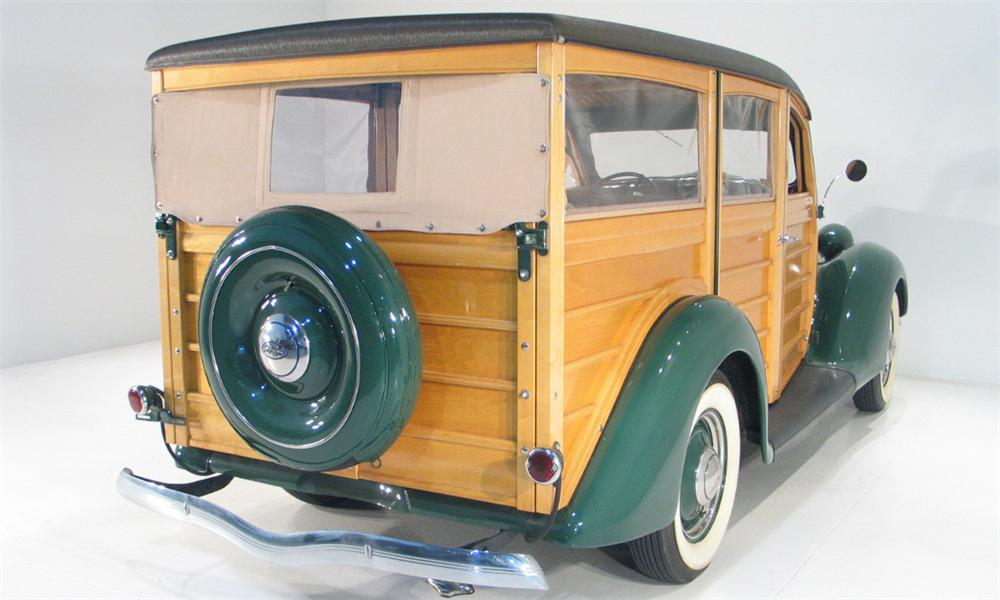 1936 FORD WOODY WAGON - Rear 3/4 - 16187