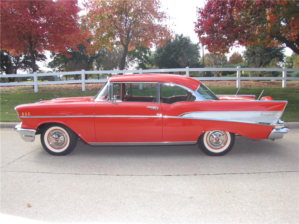 1957 CHEVROLET BEL AIR SPORT COUPE - Side Profile - 161873