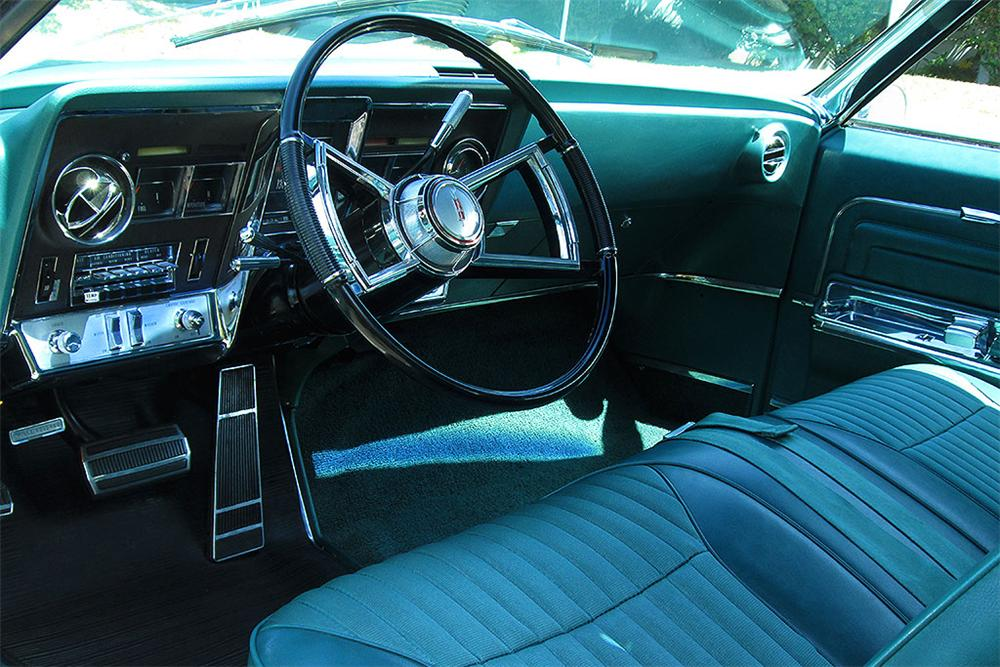 1966 OLDSMOBILE TORONADO 2 DOOR COUPE - Interior - 161879
