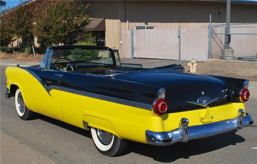 1956 FORD SUNLINER CONVERTIBLE - Rear 3/4 - 161882