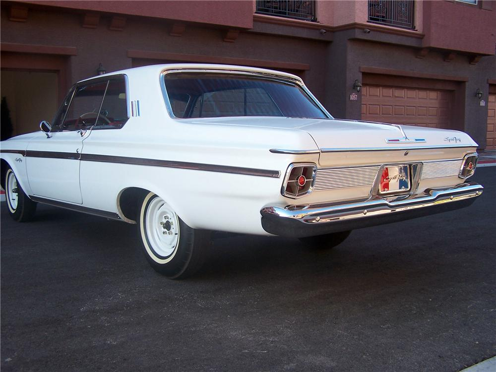 1963 PLYMOUTH SPORT FURY MAX WEDGE RE-CREATION - Rear 3/4 - 161902