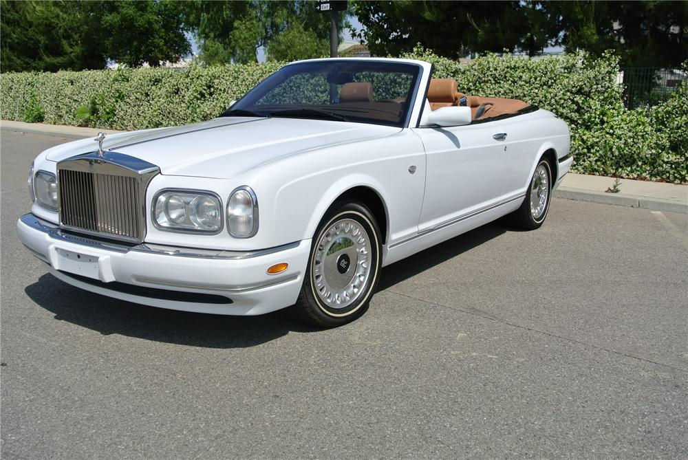 2001 ROLLS-ROYCE CORNICHE CONVERTIBLE - Front 3/4 - 161903