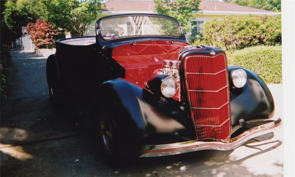 1935 FORD PHAETON CUSTOM 2 DOOR ROADSTER - Front 3/4 - 16191
