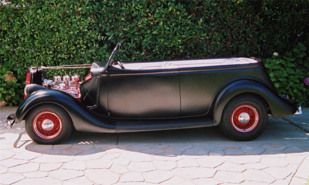 1935 FORD PHAETON CUSTOM 2 DOOR ROADSTER - Side Profile - 16191