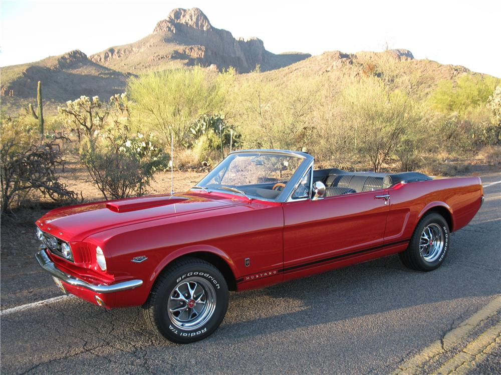 1966 FORD MUSTANG CUSTOM CONVERTIBLE - Front 3/4 - 161915