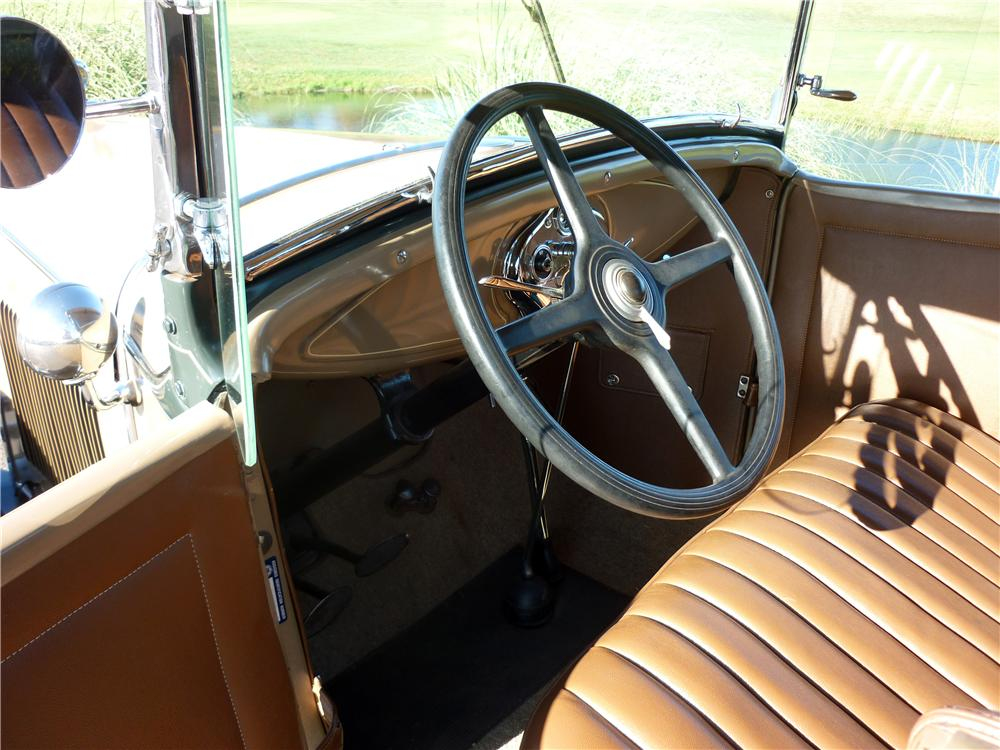 1930 FORD MODEL A ROADSTER - Interior - 161916