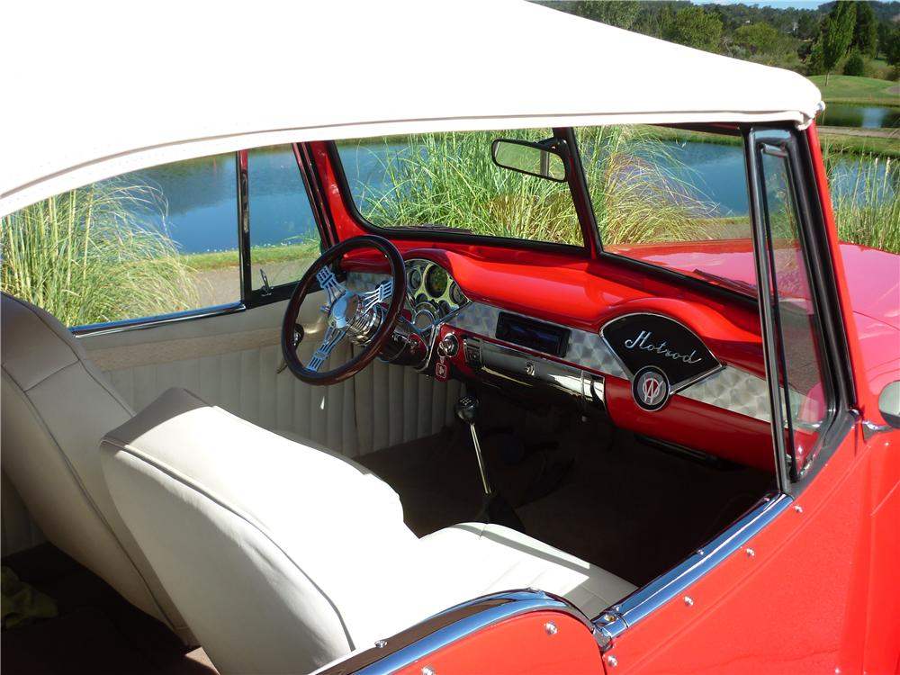 1949 WILLYS JEEPSTER CUSTOM CONVERTIBLE - Interior - 161917