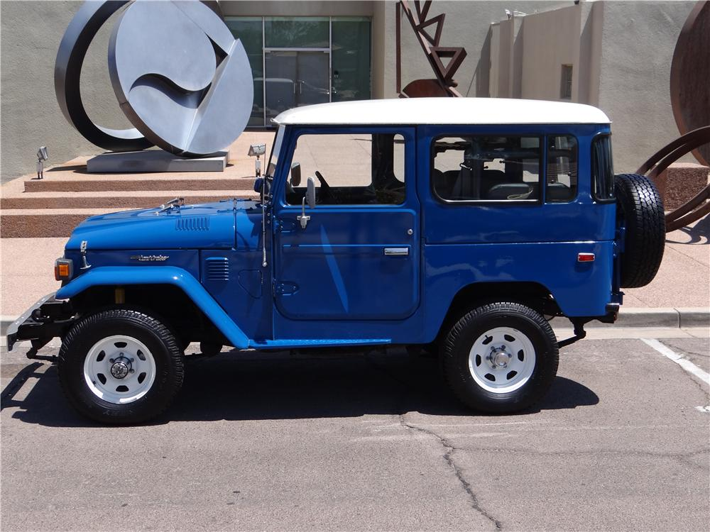 1982 TOYOTA LAND CRUISER FJ-40 2 DOOR SUV - Side Profile - 161923