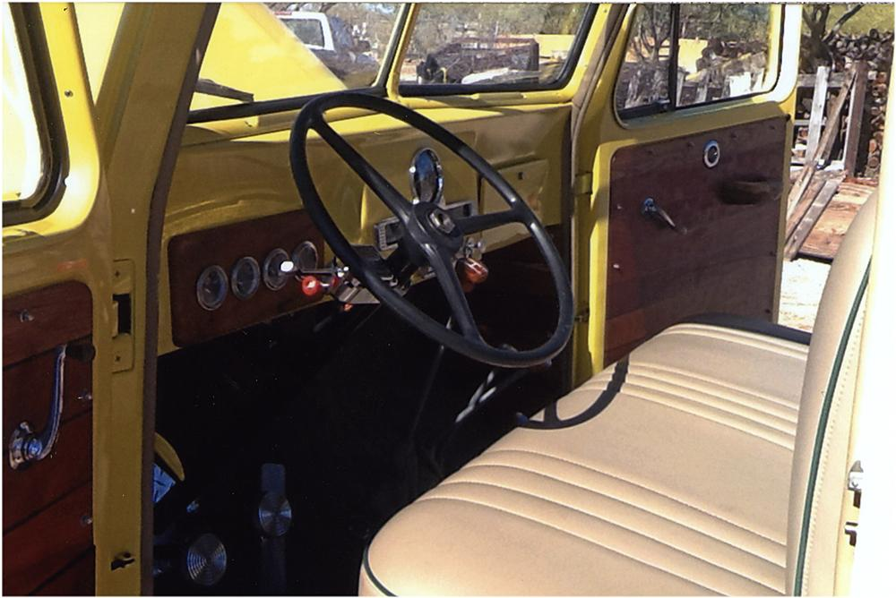 1953 WILLYS CUSTOM PICKUP - Interior - 161932