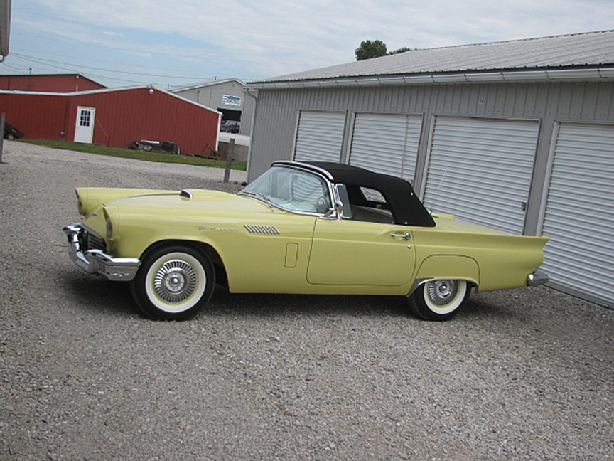 1957 FORD THUNDERBIRD E CONVERTIBLE - Side Profile - 161933